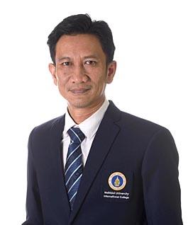 Mr. Songpole Sangthong