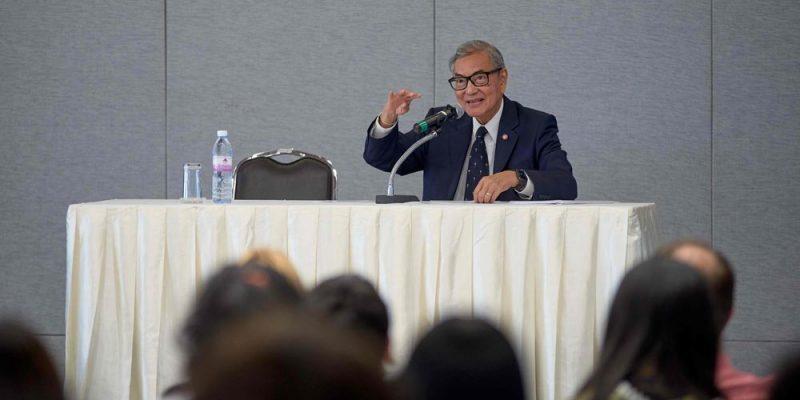 Top Thai Diplomat Dr. Tej Bunnag Speaks in MUIC