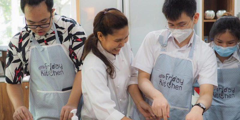 Art Club Sponsors Baking Workshop